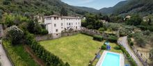 magnificent luxury villa for sale in lucca