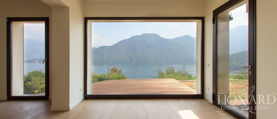 Luxury home for sale on Lake Como Image 17