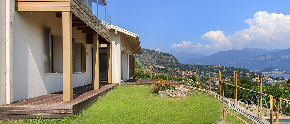 Luxury home for sale on Lake Como Image 5