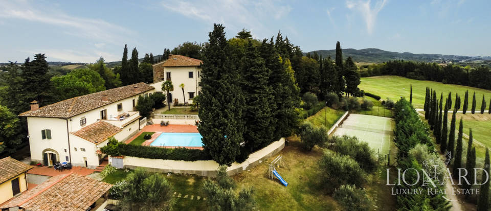 Villas and farmhouses in Tuscany Image 9