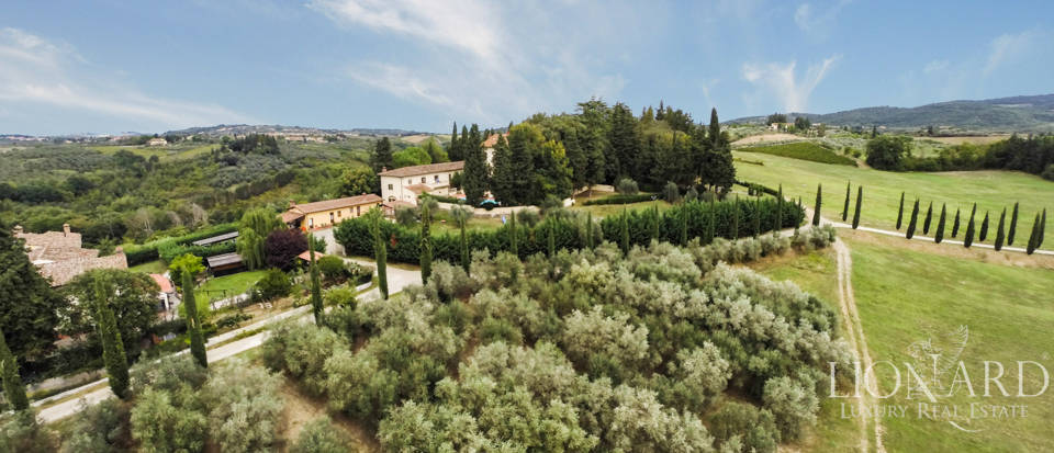 Villas and farmhouses in Tuscany Image 7