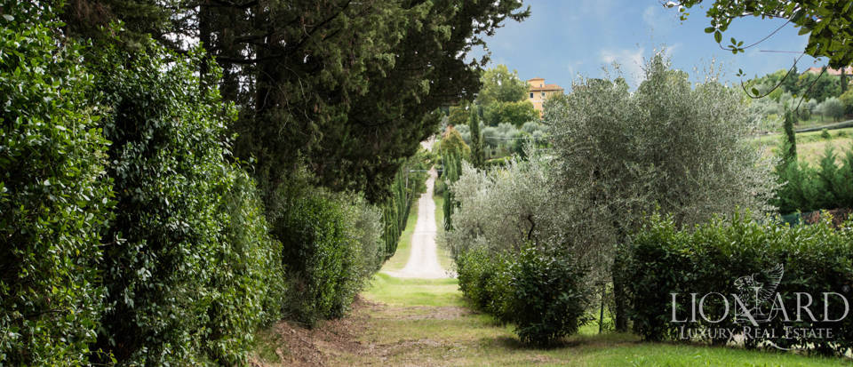 Villas and farmhouses in Tuscany Image 19