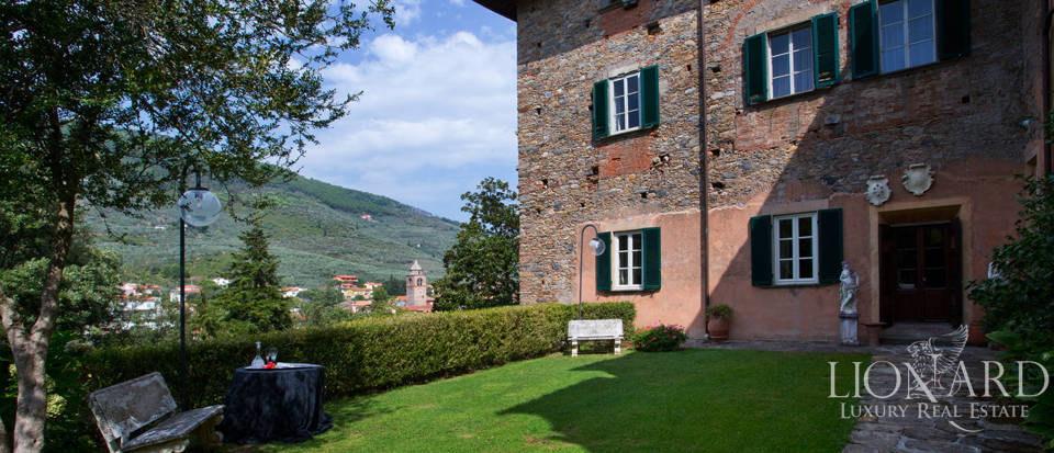 Historic villas for sale in Tuscany Image 22