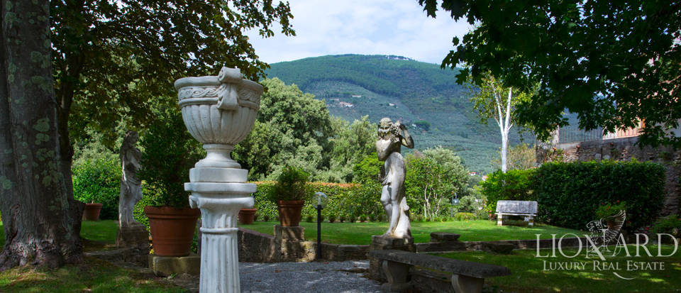 Historic villas for sale in Tuscany Image 14