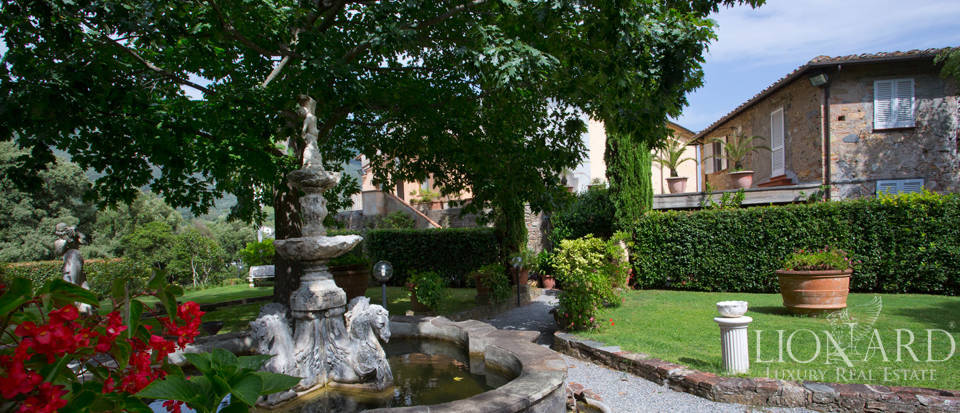 Historic villas for sale in Tuscany Image 16