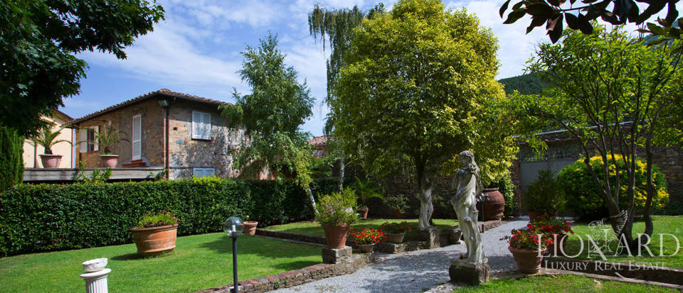 Historic villas for sale in Tuscany Image 13
