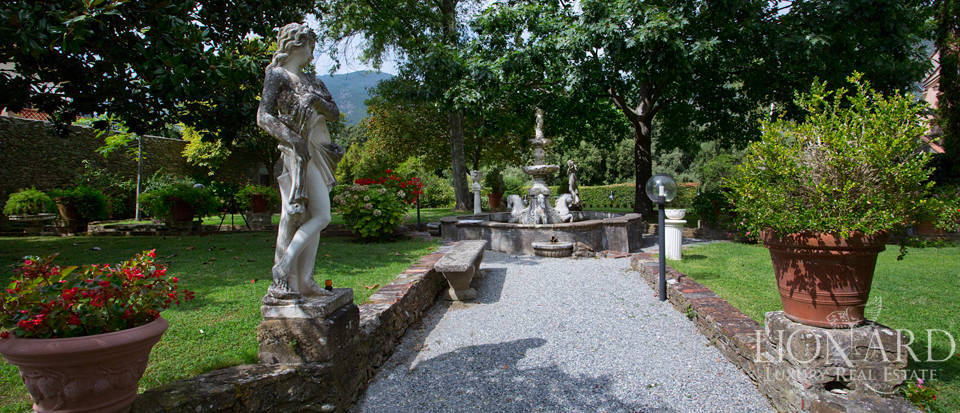 Historic villas for sale in Tuscany Image 9