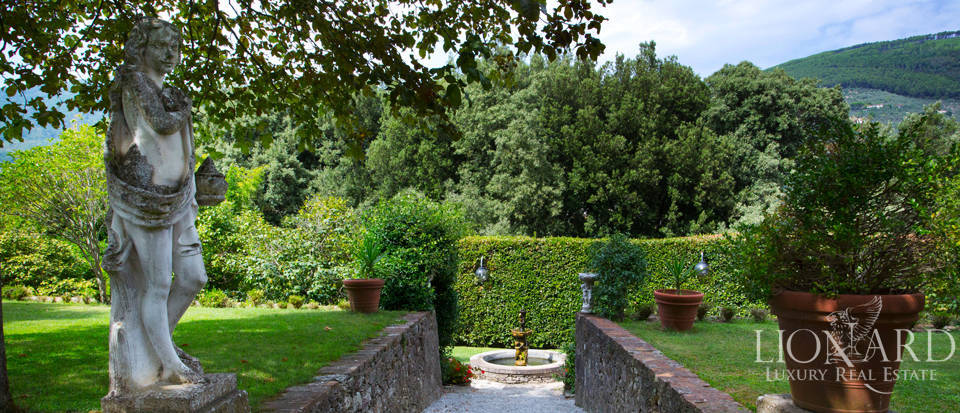 Historic villas for sale in Tuscany Image 10