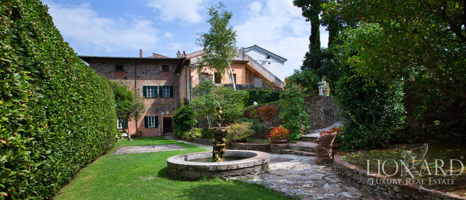 Historic villas for sale in Tuscany Image 3
