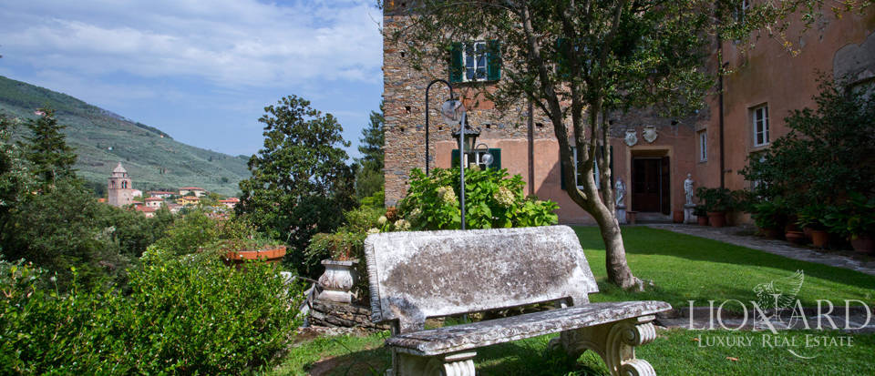 Historic villas for sale in Tuscany Image 21