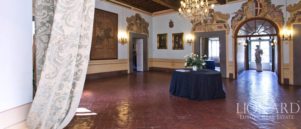 Historic villas for sale in Tuscany Image 30