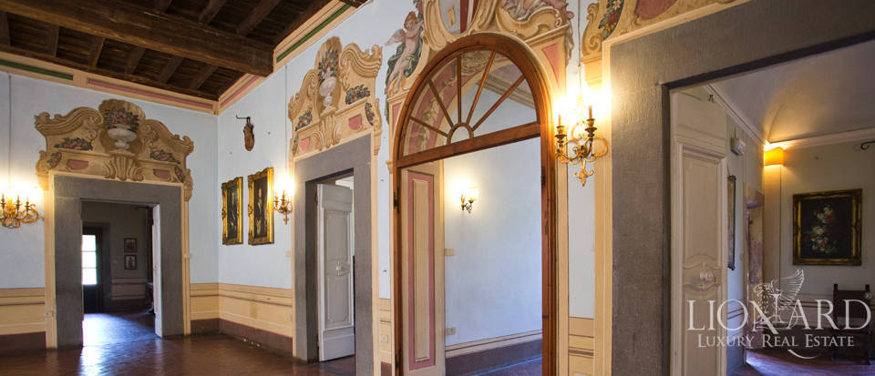 Historic villas for sale in Tuscany Image 33