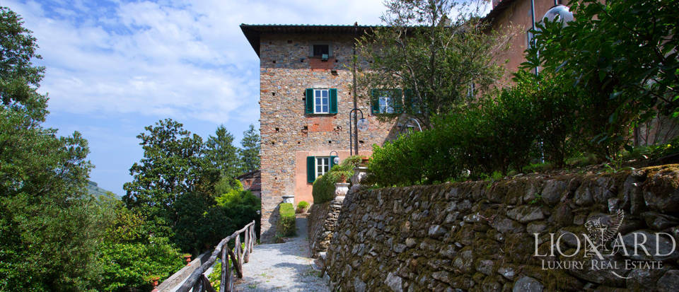 Historic villas for sale in Tuscany Image 20