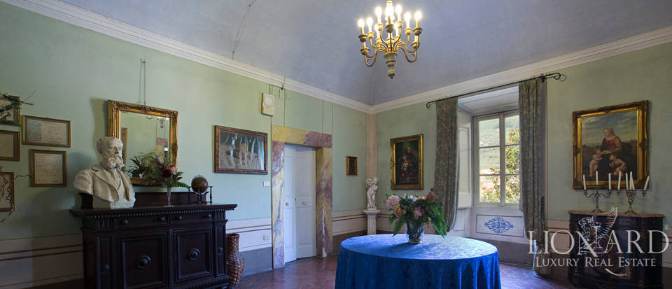 Historic villas for sale in Tuscany Image 42