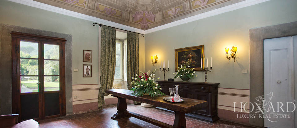 Historic villas for sale in Tuscany Image 45