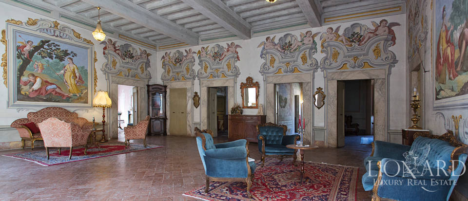Historic villas for sale in Tuscany Image 50