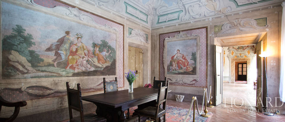 Historic villas for sale in Tuscany Image 55