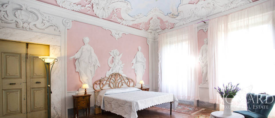 Historic villas for sale in Tuscany Image 56