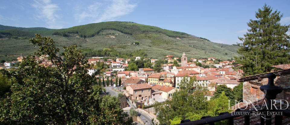 Historic villas for sale in Tuscany Image 67