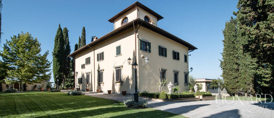 Luxury villa in the hills of Florence Image 8