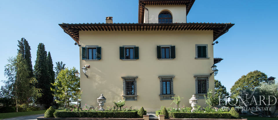 Luxury villa in the hills of Florence Image 10
