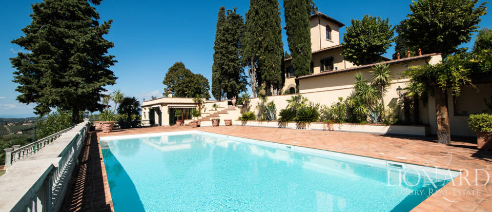 Luxury villa in the hills of Florence Image 13