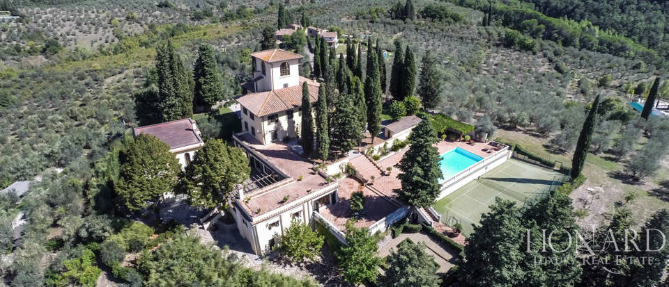 Luxury villa in the hills of Florence