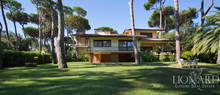 elegant luxury home for sale in forte dei marmi