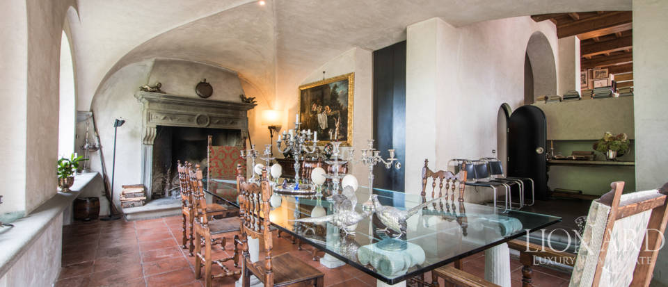 Luxury villa for sale in Florence Image 48