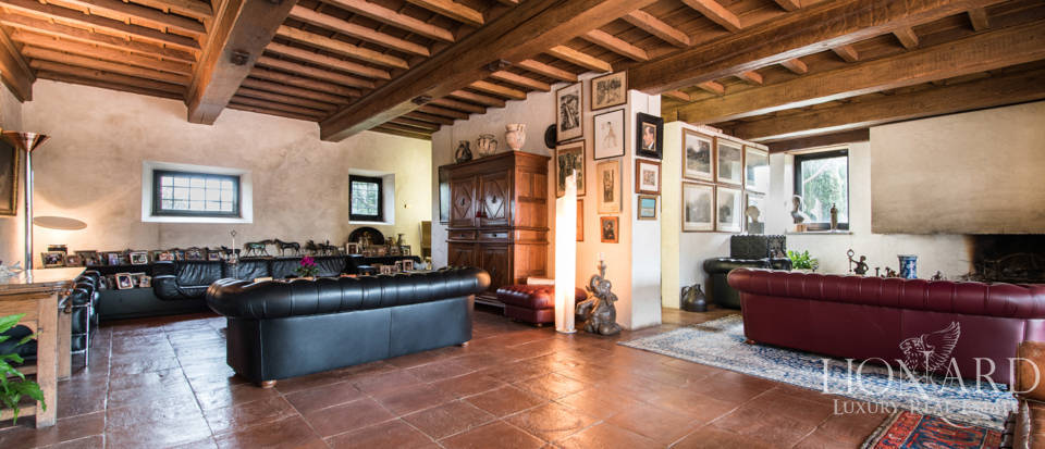 Luxury villa for sale in Florence Image 47
