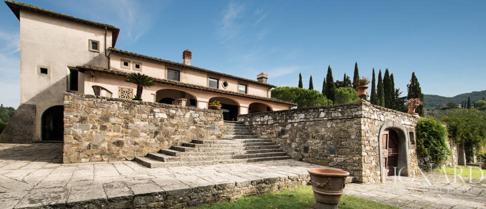 Luxury villa for sale in Florence Image 13