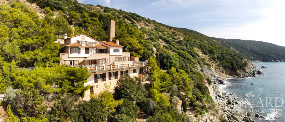 Luxury villas for sale in Mount Argentario  Image 6