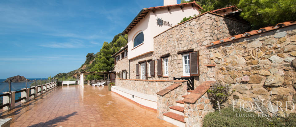 Luxury villas for sale in Mount Argentario  Image 19