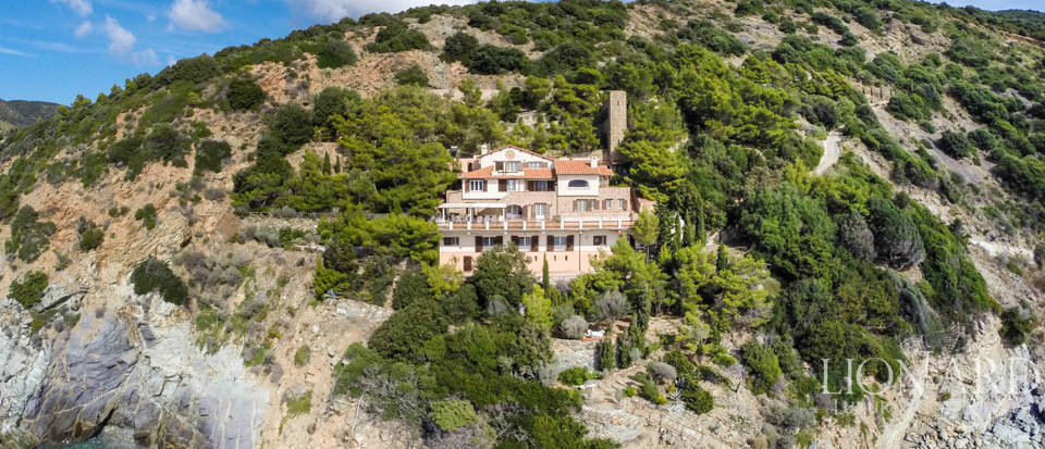 Luxury villas for sale in Mount Argentario  Image 5