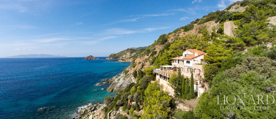 Luxury villas for sale in Mount Argentario  Image 2