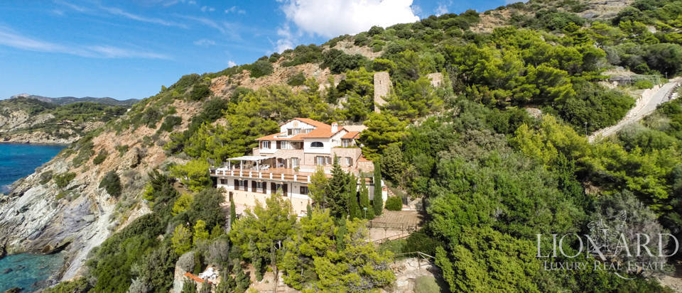 Luxury villas for sale in Mount Argentario  Image 3
