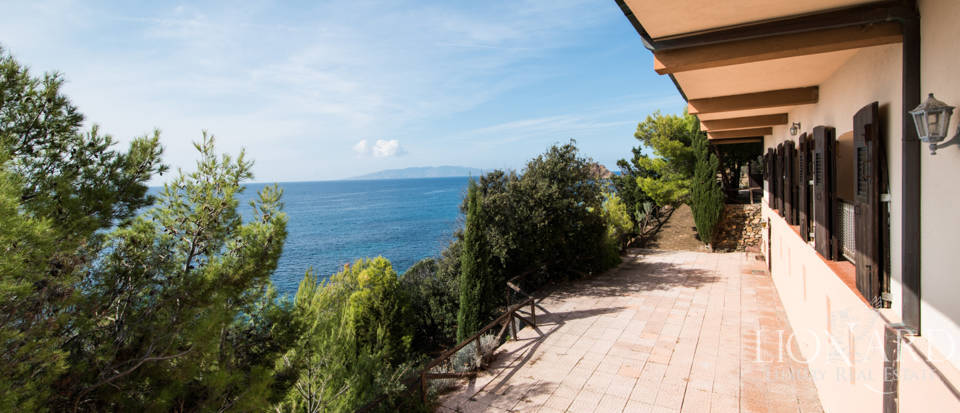 Luxury villas for sale in Mount Argentario  Image 17