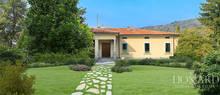 luxury villa with pool for sale in como