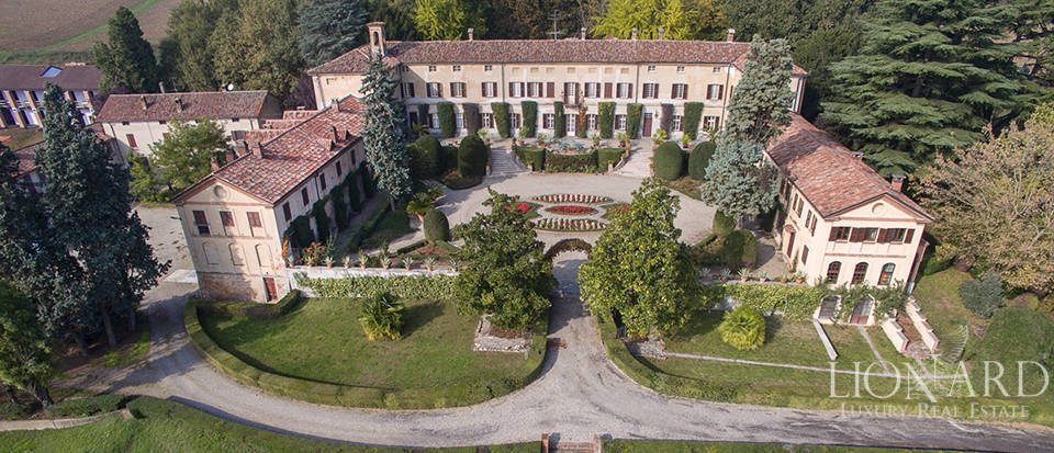 magnificent historical luxury villa in piedmont