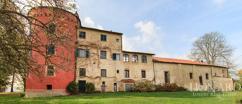 Castles for sale in Piedmont Image 25