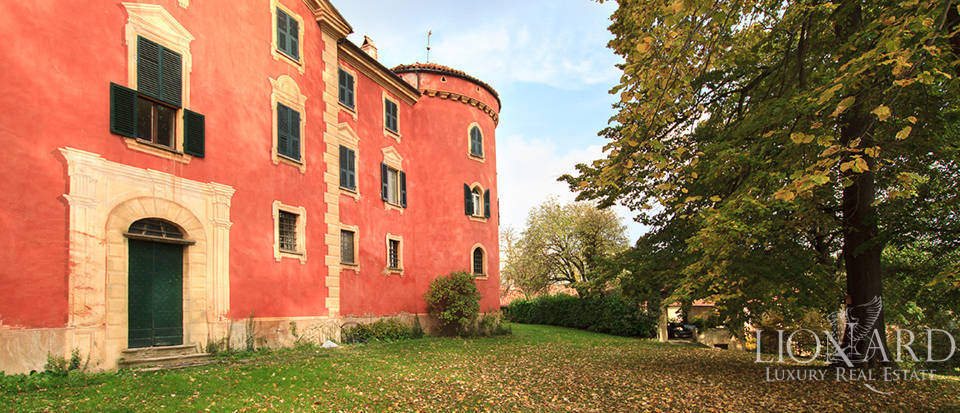 Castles for sale in Piedmont Image 15