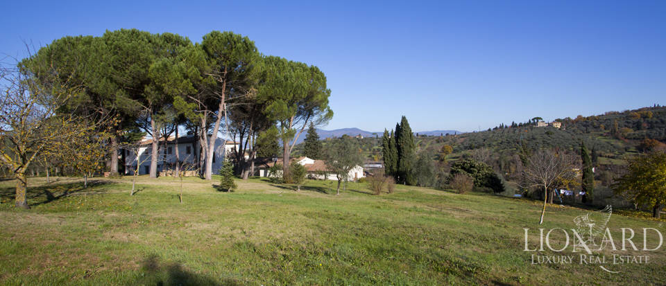 Period residence for sale in Tuscany Image 22