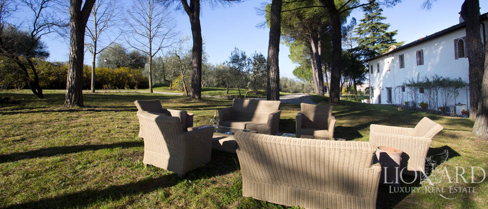 Period residence for sale in Tuscany Image 18