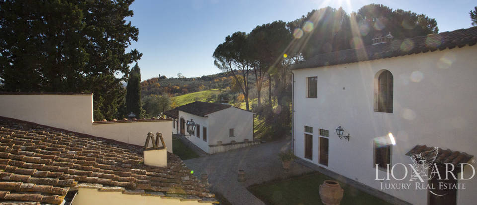 Period residence for sale in Tuscany Image 21