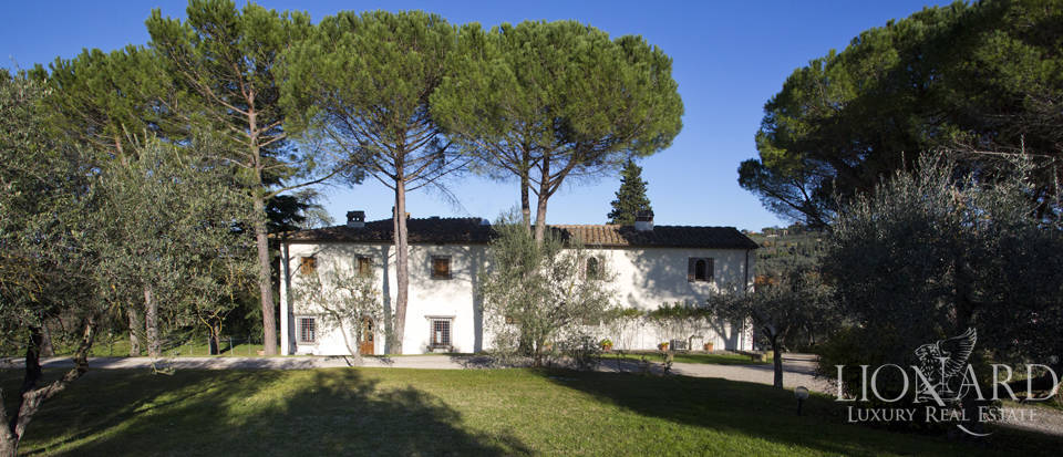 Period residence for sale in Tuscany Image 8