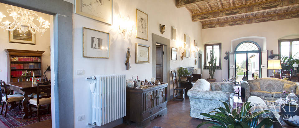 Period residence for sale in Tuscany Image 30