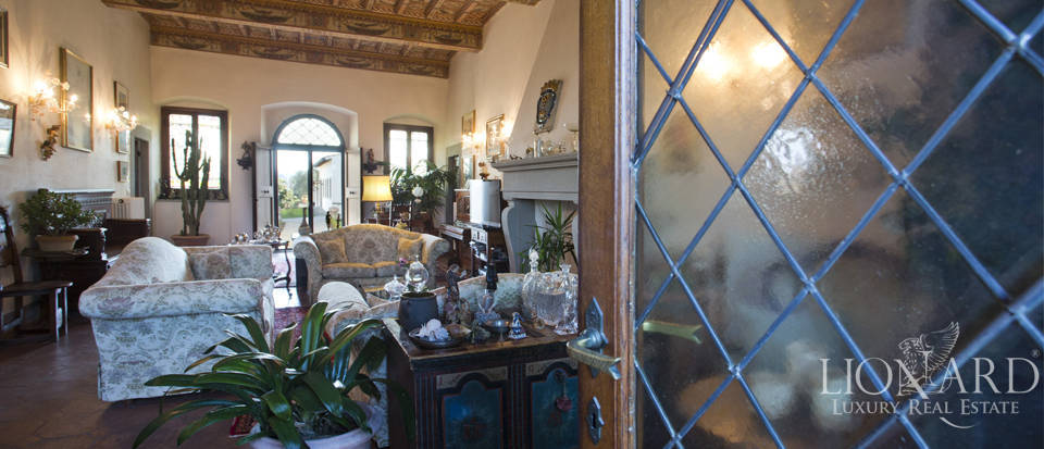 Period residence for sale in Tuscany Image 31