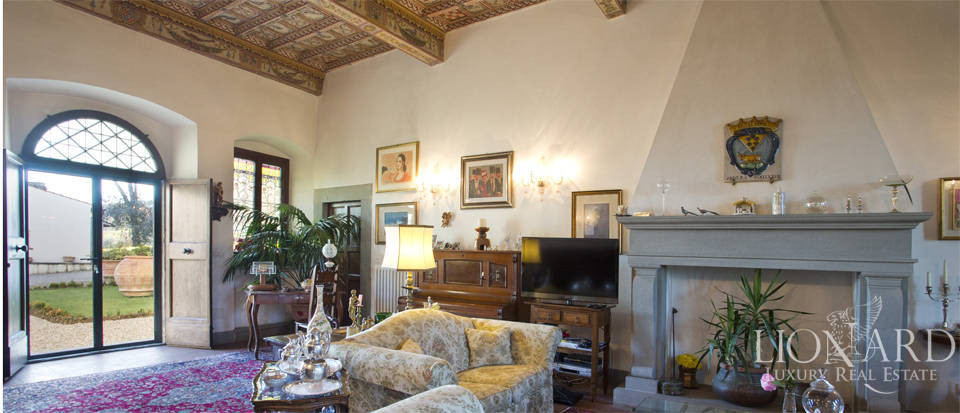 Period residence for sale in Tuscany Image 32