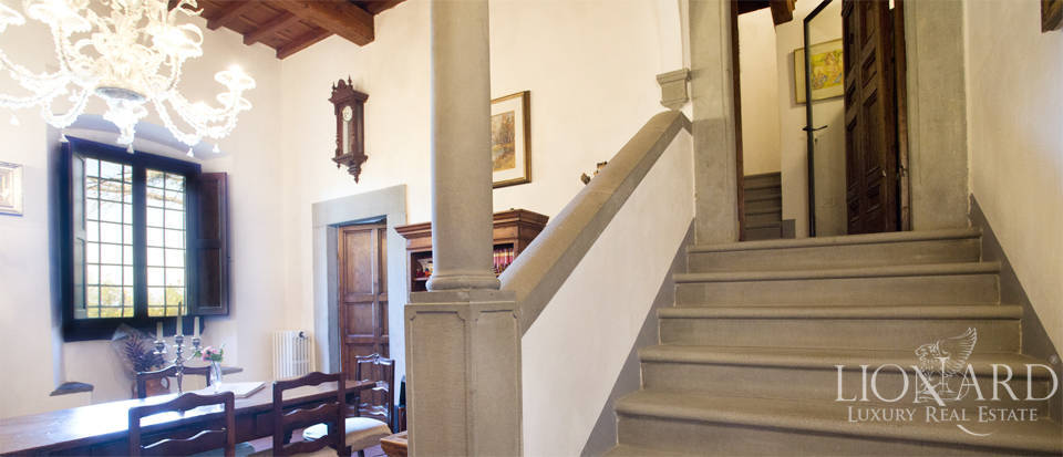 Period residence for sale in Tuscany Image 39