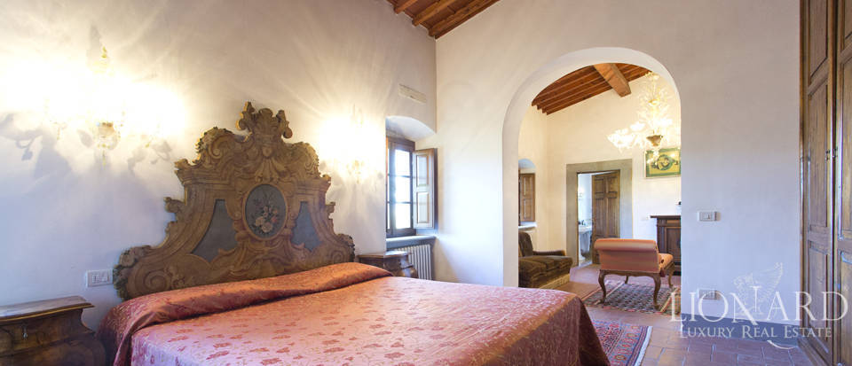 Period residence for sale in Tuscany Image 49